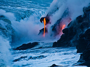 group-travel-hawaii-lava-ocean